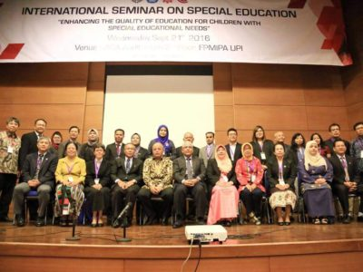 09 INTERNATIONAL SEMINAR ON SPECIAL EDUCATION at UPI, group photo 1